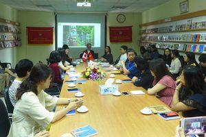 Họa sĩ minh họa Canada giao lưu với 20 họa sĩ Việt Nam