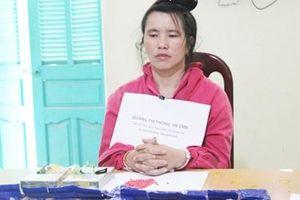 Bắt quả tang người phụ nữ mang số ma túy 'khủng'