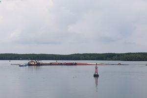 Tàu container chìm ở sông Lòng Tàu: Ngư dân và doanh nghiệp lên tiếng