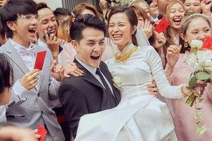 Trước khi ra Phú Quốc tổ chức đám cưới với 500 khách, Ông Cao Thắng và Đông Nhi có chia sẻ xúc động