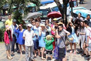 Gần 2 triệu lượt khách Trung Quốc đến Khánh Hòa trong 10 tháng