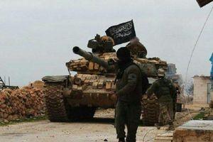 IS tấn công xe chở nhiên liệu của chính phủ ở Raqqa