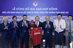 Gia hạn hợp đồng với HLV Park Hang-seo: Kỳ vọng lớn