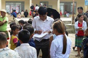 Trẻ đối diện nguy cơ thất học vì thiếu giáo viên