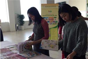 Hội thảo về đổi mới chương trình và sách giáo khoa phổ thông