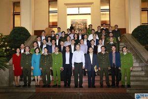 Đoàn Trưởng cơ quan đại diện Việt Nam ở nước ngoài làm việc với Bộ Công Thương và Bộ Công an