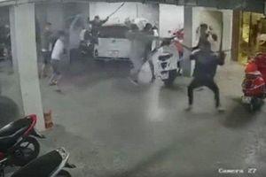 TP HCM: Bắt 6 nghi can truy sát 'trùm' giang hồ ở quán karaoke