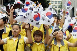 Tài phiệt Hàn Quốc đua chuyển tài sản sang tên con để trốn thuế