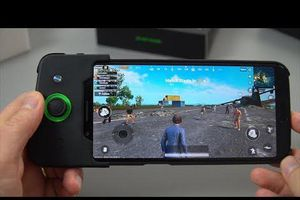 5 smartphone Android vô đối, chơi game khỏi bàn
