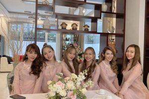 Khổng Tú Quỳnh làm phù dâu đám cưới Đông Nhi cùng học trò của bạn thân