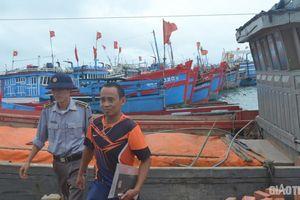 Còn hơn 110 tàu hoạt động vùng biển nguy hiểm trước bão số 6