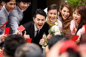 Fan khẳng định cặp đôi Ông Cao Thắng - Đông Nhi sẽ hạnh phúc trăm năm nhờ một chi tiết bất ngờ