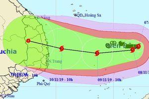 Tin mới nhất bão số 6: Quảng Ngãi, Khánh Hòa gió giật cấp 15 trong hai ngày tới