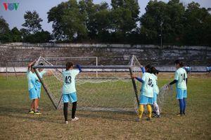 Bóng đá nữ Thái Nguyên: Lương 1,3 triệu đồng/tháng, cầu thủ nghỉ thi đấu làm công nhân