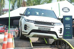 Trải nghiệm Range Rover Evoque vừa ra mắt và dàn xe sang Range Rover tại Hà Nội
