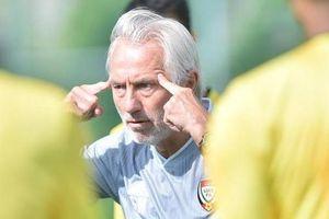 Bóng đá UAE tiếp tục lục đục nội bộ trước trận gặp Việt Nam