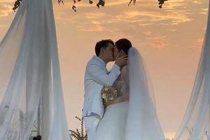 Đông Nhi nói ở lễ cưới: 'Gặp anh Thắng là định mệnh của đời mình'