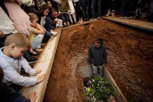 Cộng đồng Mormon tan nát cõi lòng sau vụ tàn sát 9 phụ nữ và trẻ em