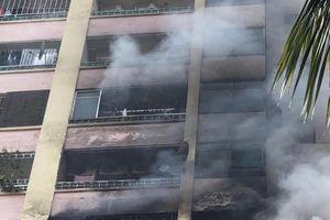 Cháy lớn tại chung cư cao tầng Làng Quốc tế Thăng Long
