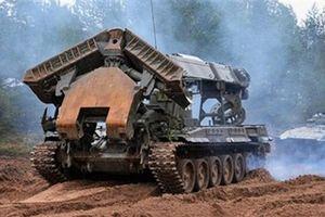 Mổ xẻ sức mạnh đa năng 'báu vật' của bộ đội Công binh Việt Nam