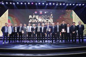 Huấn luyện viên Park và Quang Hải được vinh danh ở 'AFF Awards 2019'