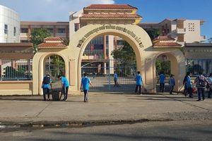 Trường Huỳnh Mẫn Đạt không thu tiền học sinh làm lễ kỷ niệm 30 năm thành lập