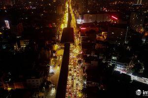 Hà Nội: Xe cộ hỗn loạn, chôn chân trên đường Nguyễn Trãi vào ban đêm