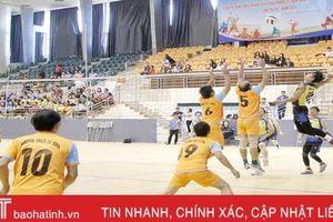 Hấp dẫn giải bóng chuyền mừng kỷ niệm ngày Nhà giáo Việt Nam tại TP Hà Tĩnh
