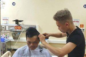 Điểm cắt tóc đặc biệt tại bệnh viện Đa khoa Hà Tĩnh