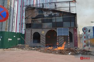 Cháy lớn tại nhà hàng bỏ hoang trên đường Phạm Hùng, Hà Nội
