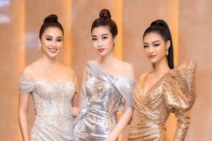 Đỗ Mỹ Linh - Tiểu Vy - Kiều Loan đẹp rạng rỡ, chiếm spotlight tại lễ trao giải vô địch bóng đá