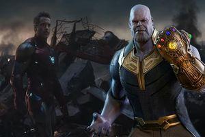 Bằng cách nào Iron Man có thể gỡ được sáu Viên đá Vô cực khỏi tay Thanos?