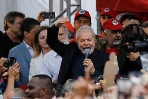 Tổng thống Brazil 'tấn công' cựu lãnh đạo cánh tả trên Twitter