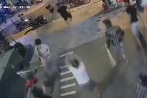 Nhóm chém chết Quân 'xa lộ' đầu thú vì sợ trả thù