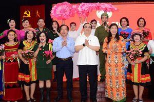 Chung tay xây dựng tình đoàn kết khu dân cư ngày thêm bền chặt