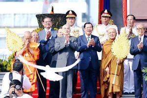 Campuchia kỷ niệm Quốc khánh lần thứ 66
