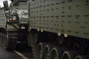 Anh triển khai thiết giáp hiện đại tới 'cửa ngõ nước Nga'