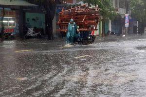 Bão số 6 áp sát: Tuy Hòa vắng tanh, ATM, cây xăng đóng cửa gấp