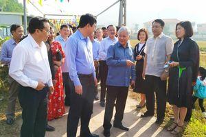 Chủ nhiệm Ủy ban Dân tộc dự ngày hội Đại đoàn kết dân tộc tại Vân Đồn