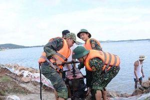 Nam Trung Bộ nín thở đợi bão, hơn 24.000 quân ứng trực