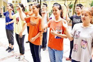 Nơi ươm mầm khát vọng của học sinh khiếm thính