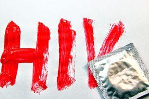Nhiễm HIV ở nhóm đồng tính nam tăng gấp ba lần