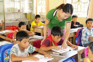 Danh sách 24 giáo viên Nghệ An được nhận thưởng Quỹ 'Phát triển tài năng giáo dục'