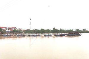 Lâm Đồng: Một người bị lũ cuốn mất tích khi bơi qua sông