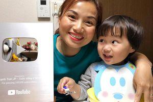 Quỳnh Trần JP khiến fan sửng sốt khi tiết lộ bé Sa sẽ ngừng quay vlog cùng mẹ trong thời gian tới