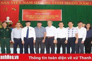 Chủ tịch UBND tỉnh Nguyễn Đình Xứng cùng các đại biểu HĐND tỉnh tiếp xúc cử tri TP Sầm Sơn