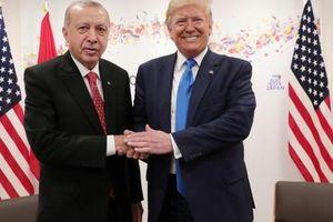 Vén màn 'tình huynh đệ' TT Trump- TT Erdogan: Đủ để níu kéo quan hệ bên bờ vực đổ vỡ Mỹ, Thổ?