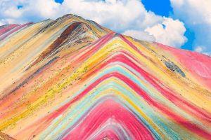 Cảnh thực tế khác xa ảnh chụp ở núi cầu vồng