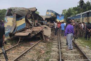 Hai tàu hỏa đâm trực diện ở Bangladesh, 12 người thiệt mạng