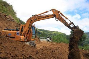 Quảng Ngãi: Nhanh chóng khắc phục các điểm sạt lở khu vực miền núi